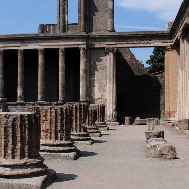 pompeii-slider3